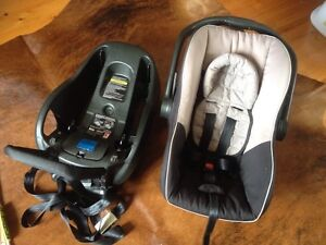 STEELCRAFT  BABY CAPSULE CARSEAT Reynella Morphett Vale Area Preview