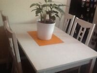 Pine table and chairs white
