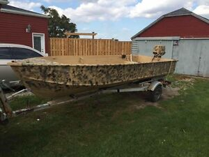 AS IS-16 FT Boat 25HP Johnson and Trailer