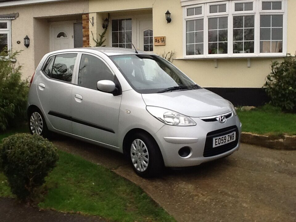hyundai i10 es 2009 in rayleigh essex gumtree. Black Bedroom Furniture Sets. Home Design Ideas