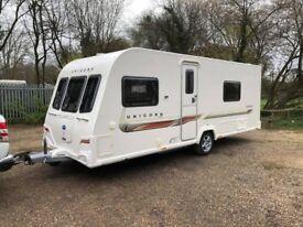 2013 Bailey Unicorn Cadiz 4 Berth caravan FIXED SINGLE BEDS MOTOR MOVER Awning !