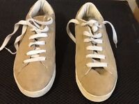 VANS. 10 year old, as good as new. Size 6