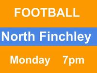 Casual football on Mondays in North Finchley, regular group, needs players!