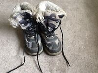 Walking hiking boots ankle boots. Used size childrens 13