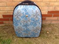 Lovely hard case suitcase nice condition