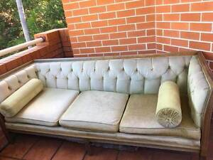 Vintage couch for free Randwick Eastern Suburbs Preview