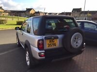 2005 Landrover Freelander 1.8 Petrol. Priced cheap for quick sale.