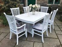 Dining Table & 6 Chairs ~ Extends to seat 8