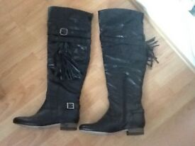 Black brand new leather boots, size 8
