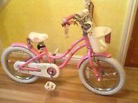 Trek mystic pink girls bike excellent condition