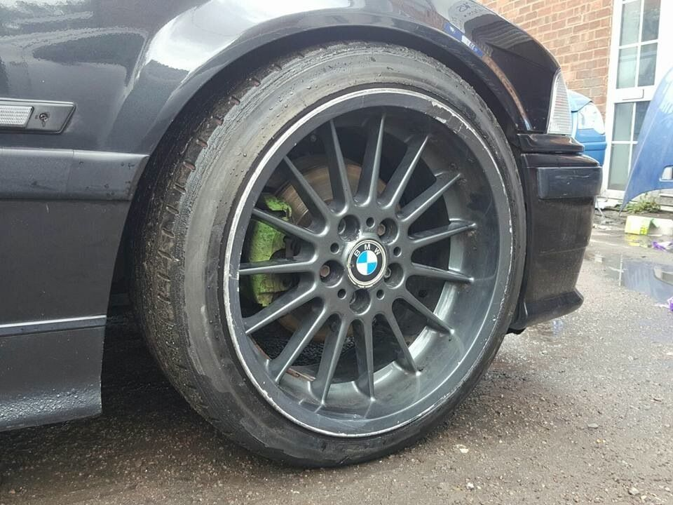 18 Inch Genuine Staggered Bmw Style 32 Alloy Wheels And