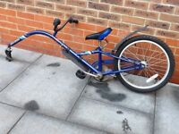 Childs tag along / trailer bike
