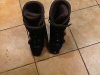Ladies Salomon ski boots size 5