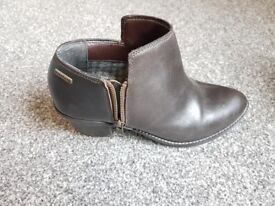 Ladies Brown Leather Size 5 Firetrap Boots