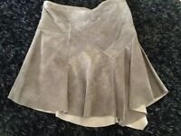 LADIES 'JOHN ROCHA' LEATHER/SUEDE OLIVE GREEN 'STEAMPUNK STYLE' SKIRT (SIZE 18)