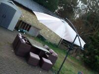 Crank & Tilt garden umbrella