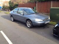 Ford Mondeo silver 2000 Hatch back 2.0 petrol ZETEC VERY RELIABLE