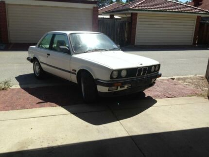 Selling BMW e30 Project, Stripped down ready for conversion. Ellenbrook Swan Area Preview