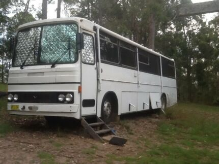 Mercedes Motorhome 1982, 33ft Converted Bus