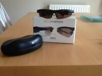 MP3 sunglasses with digital voice recorder