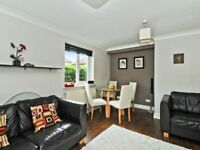 Spacious 2 Bed FULLY FURNISHED Flat w/ Secured Parking 5 Min Walk From Island Gardens DLR in E14