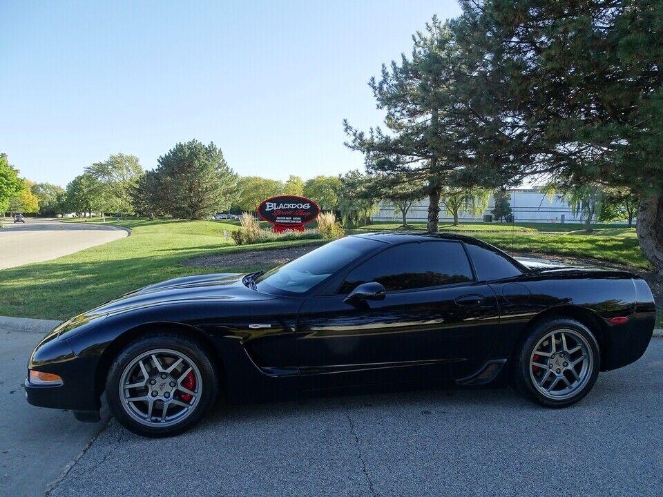 2002 Black Chevrolet Corvette Z06  | C5 Corvette Photo 1
