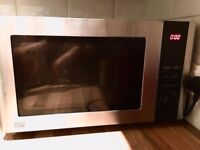 MICROWAVE SAINSBURYS- BIG IN SIZE, PERFECT IN CONDITION