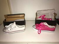 *BARGAIN* 4 X NEW CONVERSE STYLE SHOES GIRLS UK SIZE 2 (EU 35) (£6 EACH OR ALL 4 FOR £20 )