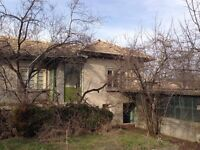 house for sale in Bulgaria Popovo. Bargain at only 4500 GBP. Targovishte
