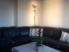 2 bedroom lower villa flat, Bathgate