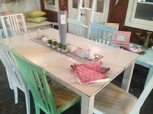 Lovely 7 piece wooden dining setting - $285/set - furniture Miami Gold Coast South Preview