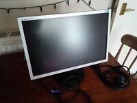 "Samsung 19"" Widescreen SyncMaster 920nw colour computer monitor"