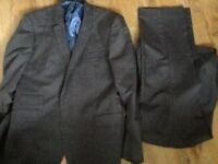 Mens suit Taylor and Wright fawn colour jacket 42 l trs 34 l