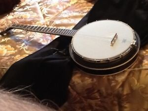 Retro five string banjoBanjo