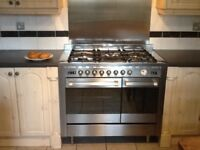 Stainless steel range oven one large electric oven & one smaller oven with grill & rotisserie. Fiv