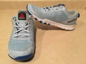 Womens Size 7.5 Reebok Adaptalink Running Shoes