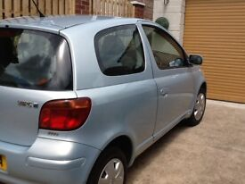 TOYOTA YARIS 1.0VVTI FULL MOT! 1 PREVIOUS OWNER FROM NEW!! COLOUR COLLECTION!