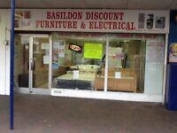Shop to Let in Timberlog Basildon