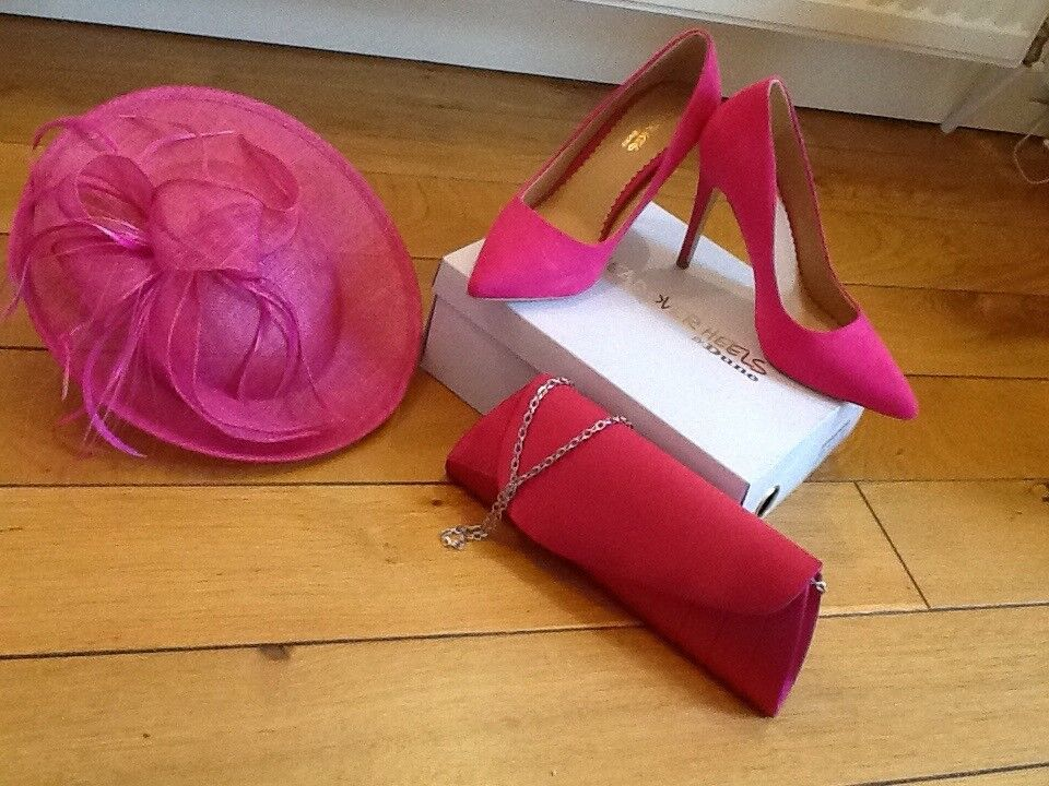 Beautiful Shoes. Clutch Bag & Half hat in bright pink.