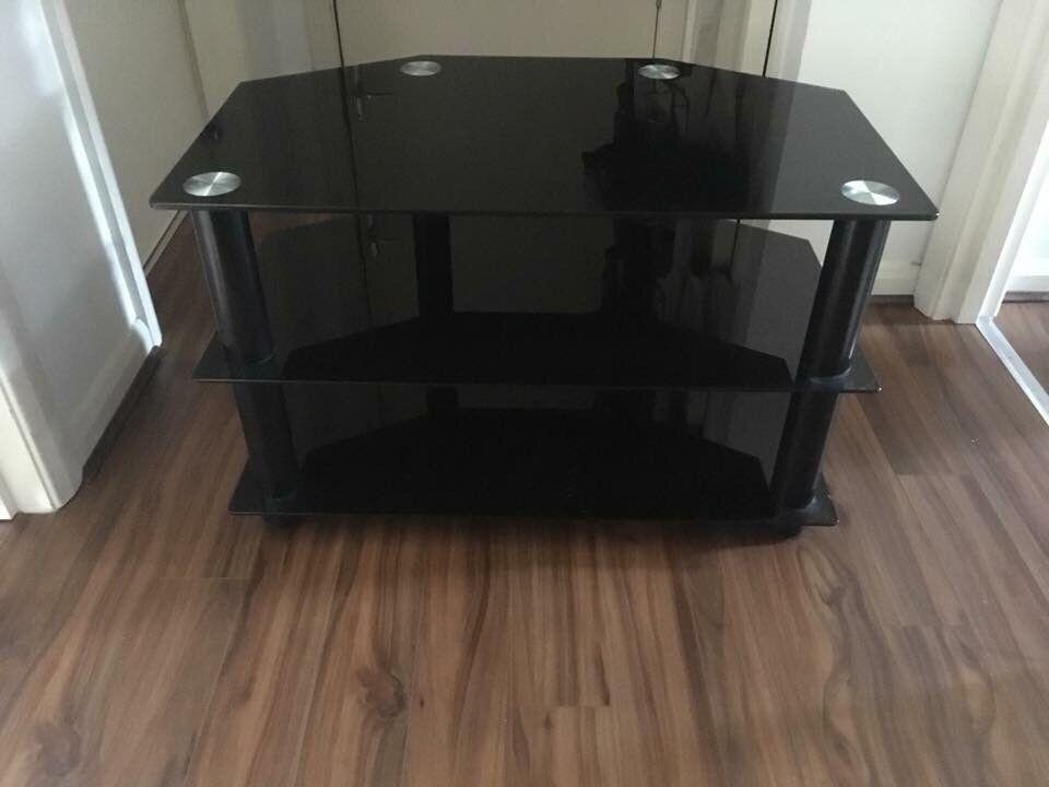 Black Mirrored Tv Stand 15