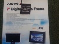 "7"" Digital Photo Frame, brand new"