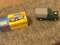 Corgi 438 Green/Tan Land Rover