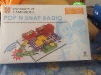Pop n snap radio