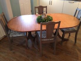 Table and chairs shabby chic pine