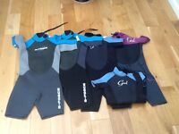 Children's GUL wetsuits 3sizes as new