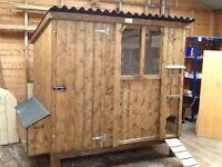 Hen house, hen ark,chicken coop.