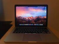 MacBook Pro (Retina, 13-inch, Early 2015) i5 2.7 8gb ram intel iris 6100 128gb