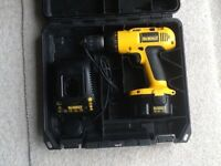 Dewalt 14.4v cordless drill/driver complete with battery and charger