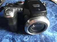 Fujifilm Finepix S8000fd Digital Camera with 18x Optical Image Stabilisation