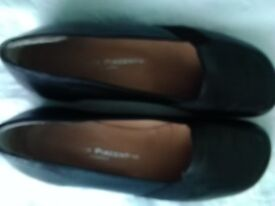 Italian Leather Black Loafers size 34/ UK 2